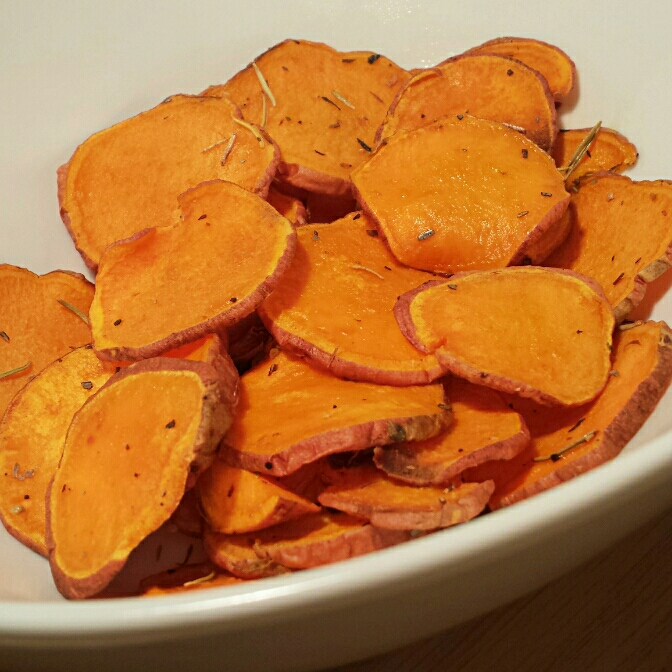 Sweet Potato Chips with Avocado Dip