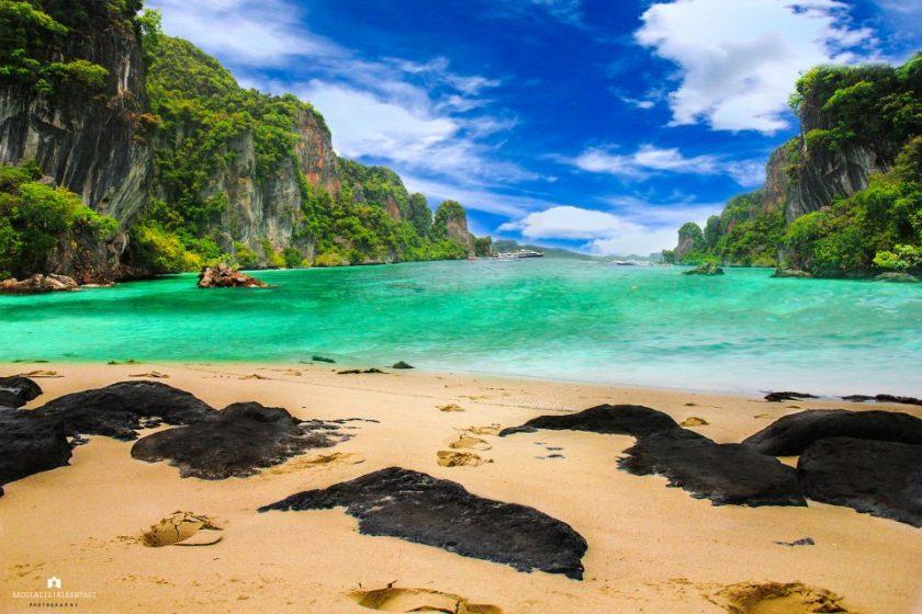beach between Phuket and Koh Phi Phi