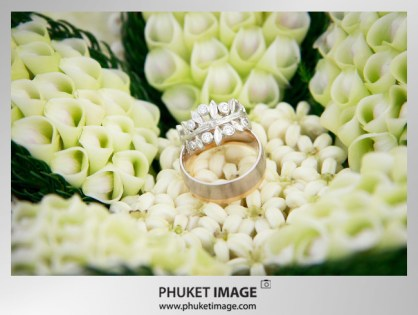 Destination Phuket wedding photographer - phuket wedding image 006