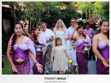 Destination beach wedding in Koh Samui - Rocky's Boutique Resort.