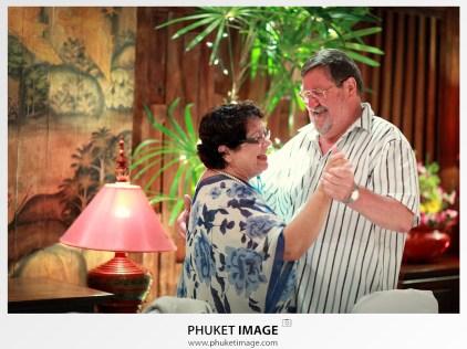Destination wedding photographer in French Polynesia by Phuket Image Wedding Photography.