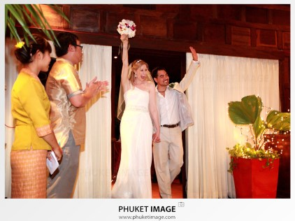 Krabi wedding photographer for your destination wedding in Koh Phi Phi , Koh Lanta and Krabi province.