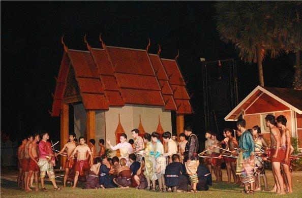 Phuket grandly holds Heroines Monument Fair 2012