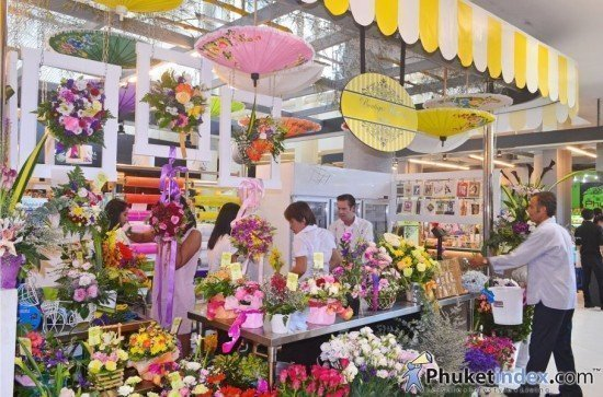 Boutique Flowers Shop lunch at Central Festival Phuket