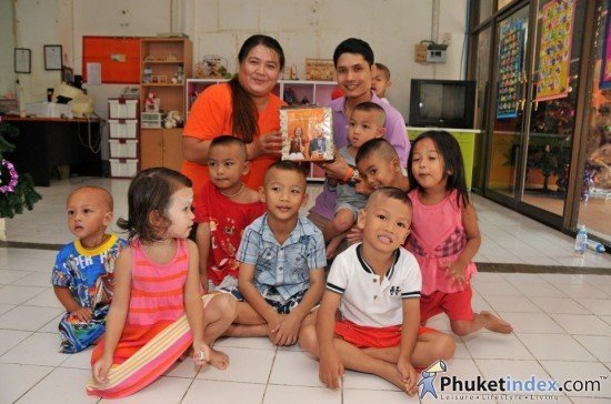 Spiritual Health Foundation donates to Baan Lung Pitak Child Phuket
