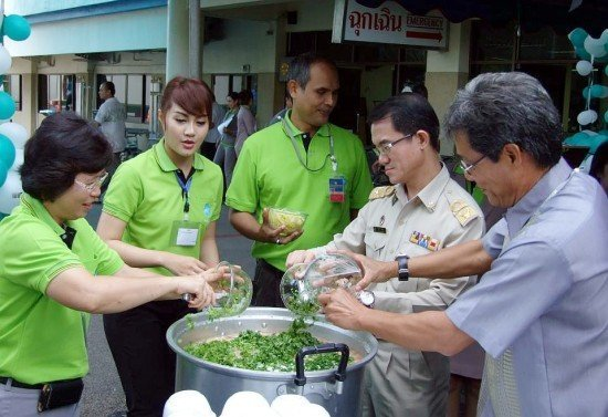 Mission Hospital Phuket holds Health Market