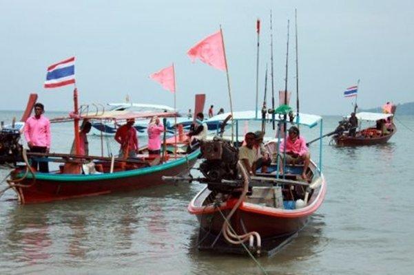 Phuket hosts 21st Bangtao Night Fishing Fair
