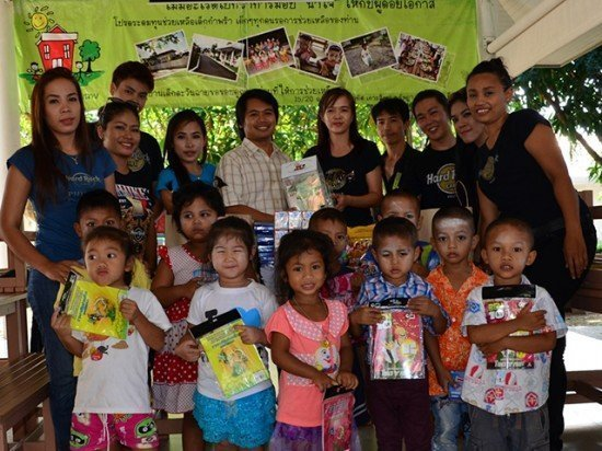 Hard Rock Café Phuket donates to children's charity