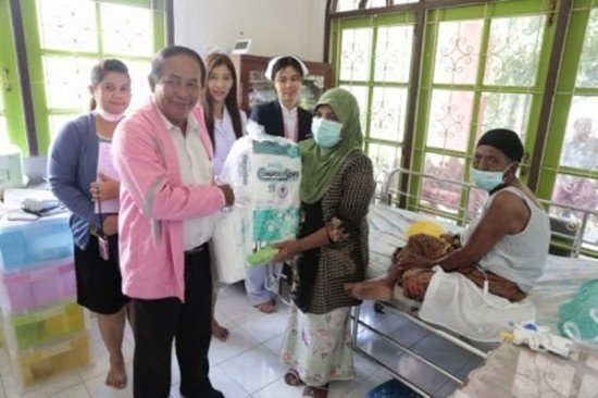 Phuket Care Medical Outreach Team visits Tambon Mai Khao
