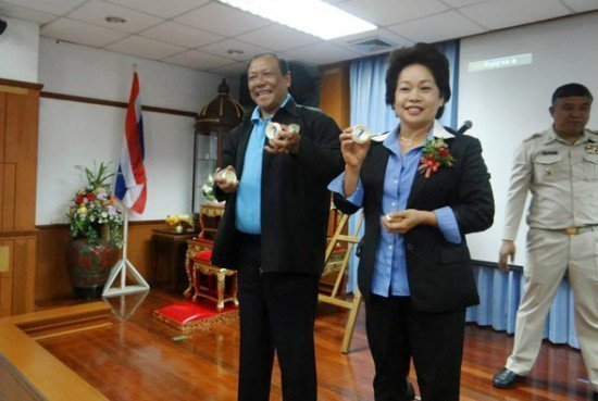 Chalermluck takes Patong Mayor title from Pian