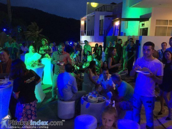 Splendid Condominium Hawaiian Night Launch Party 05