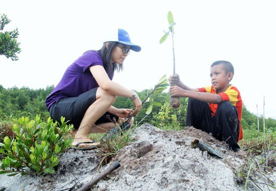 Laguna Phuket continues its help to support a green community