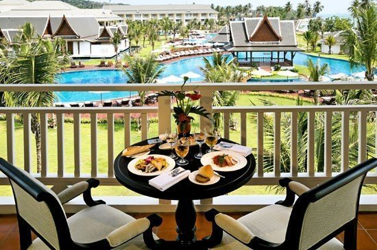 Stay longer & save more up to 30% at Sofitel Krabi Phokeethra Golf & Spa