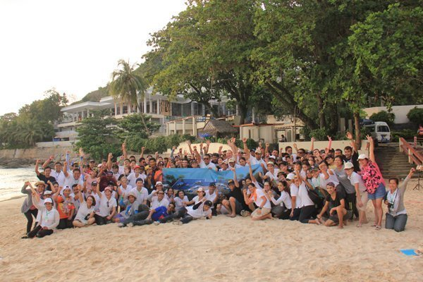 The Nai Harn limbers up for December launch with beachfront team building
