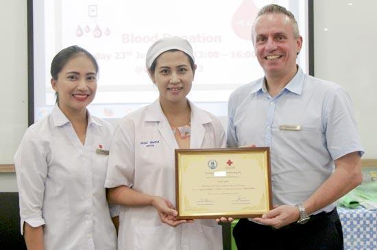 Amari Phuket receives The Thai Red Cross Society certificate