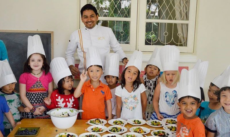Celebrity Chef from Sofitel Krabi Teaches Krabi School children How To Cook