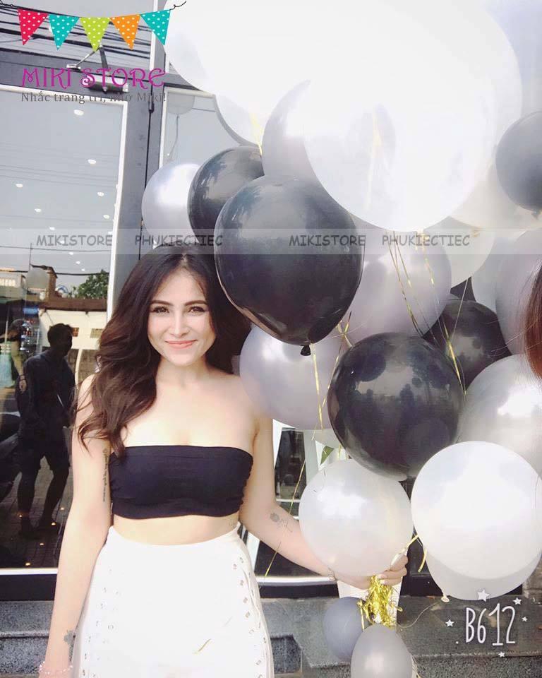 Hot girl xinh xắn bên bong bóng của Miki Store