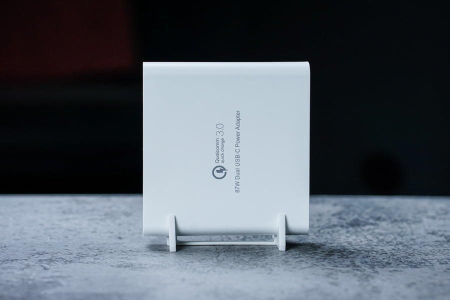 Trên tay sạc HyperJuice PD87: Nhỏ gọn dễ mang theo, sạc cả laptop lẫn smartphone