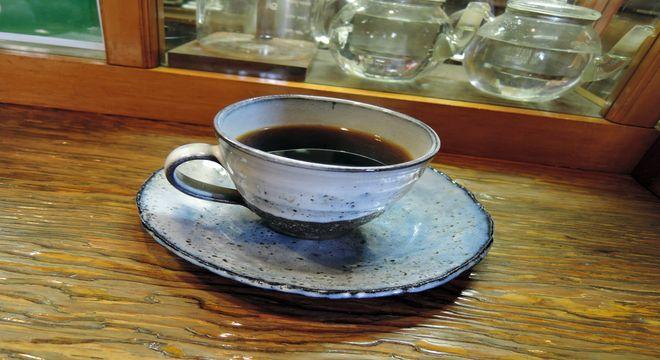 笠間焼のコーヒーカップ&ソーサ
