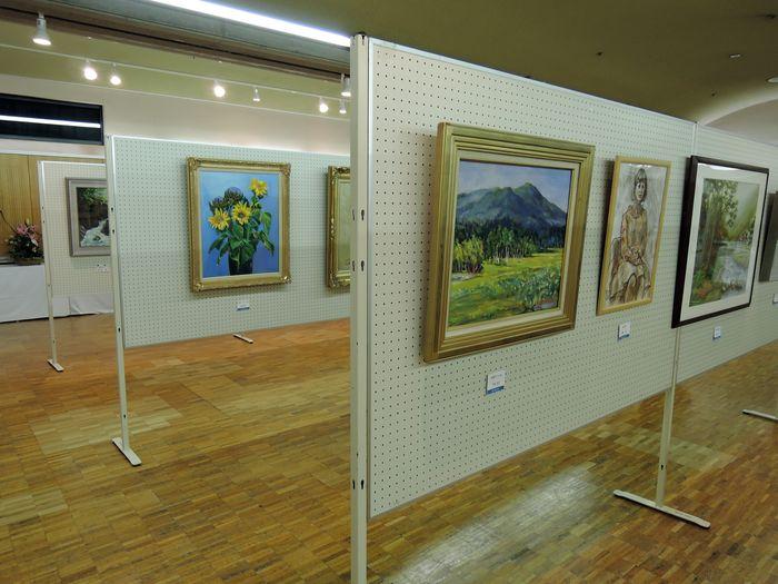 絵画の展示
