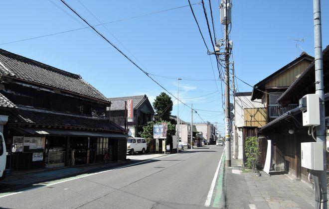 大沢橋付近の街並み