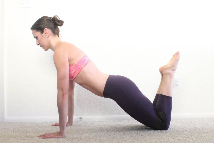 Proper slow-count pushups to sculpt your shoulders and upper back
