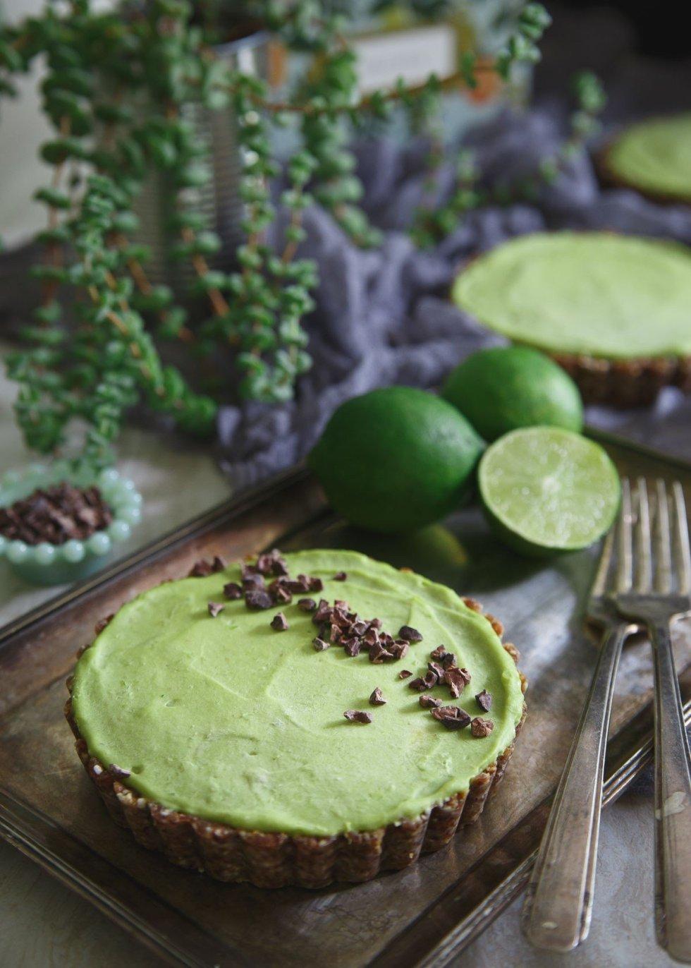no-bake-lime-avocado-tart-1