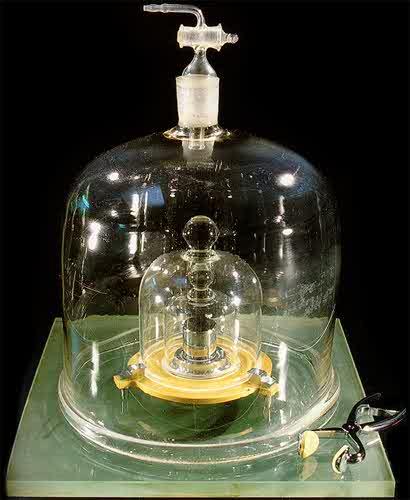 bell jar encasing kilogram
