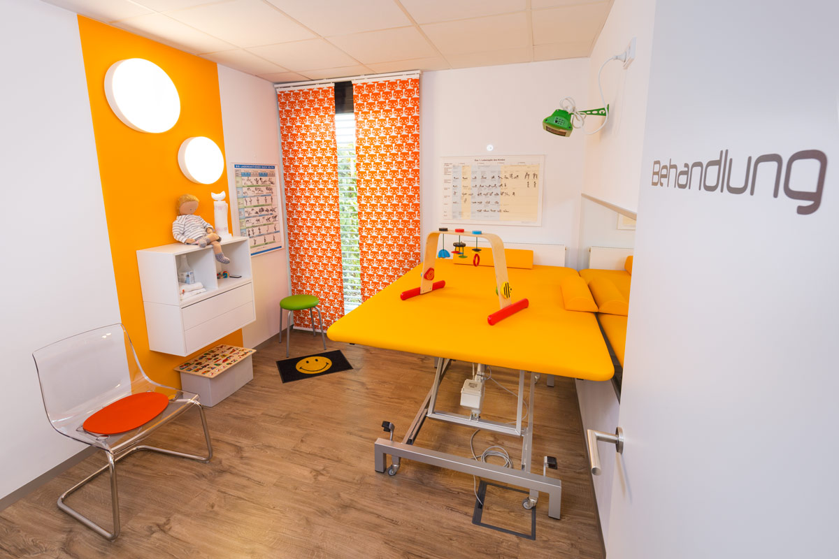 Behandlungszimmer der Kinderphysiotherapie Riemer in Amberg