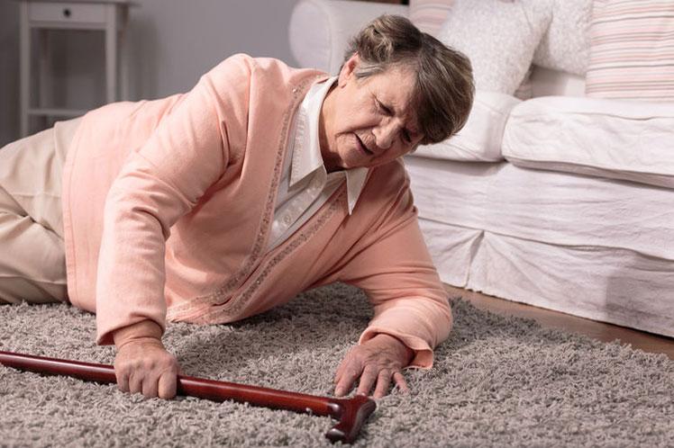 El ejercicio terapéutico y la prevención de caídas en el adulto mayor