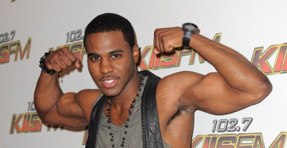 jason-derulo-bras-muscle-musculation
