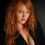 jeune--cheveux-rousses-sexy-sauvage