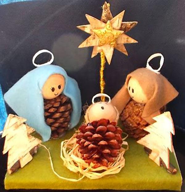 Se ne possono creare di semplici insieme ai vostri bambini utilizzando. Lavoretti Di Natale Con Le Pigne Ecco 20 Simpatiche Idee Pianetabambini It