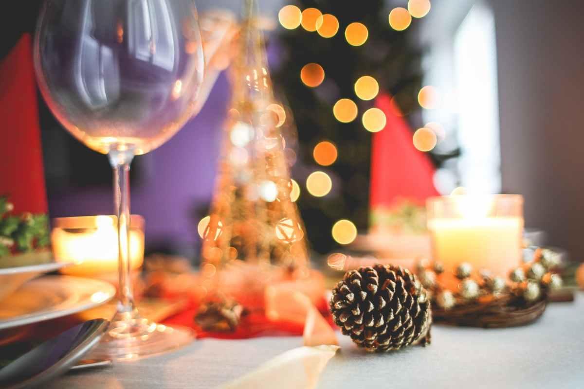 brown acorn near clear long stem wine glass