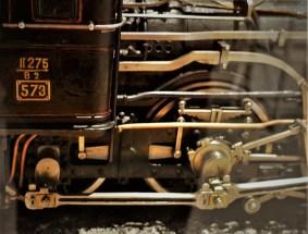 Lok mitKohleaufzug nummer