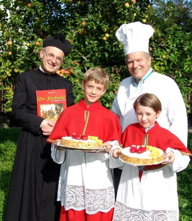 int Äpfel Pfarrer Reinhard Kittl, Karl Piaty und Min (2)