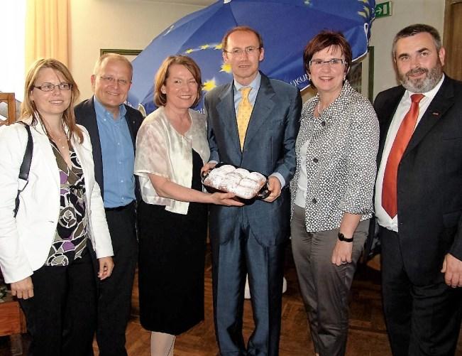 Zwazl und Karas Ministerin Karl, Funke - mit Piaty - Wuchteln