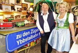 Herbert Marko un Renate Wachauer im Bahn-Museum Ybbsitz