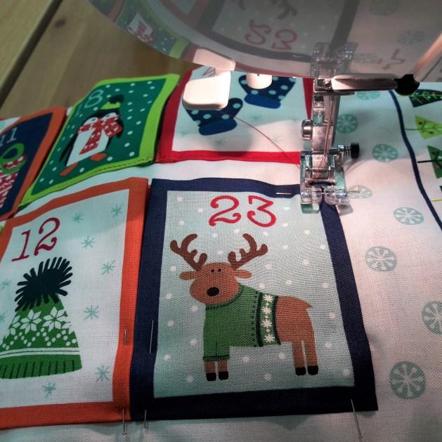 Calendrier Noël Pic épingles 102017