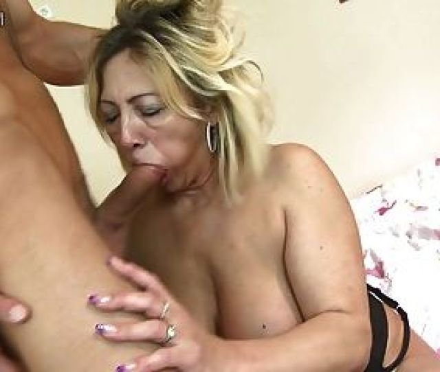Mature Mom Gets Fucked By Her Toyboy