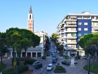 Piazza Duca Degli Abruzzi Pescara Idea Di Immagine Del
