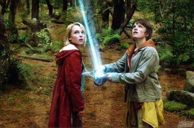 佳片推薦:新魔幻史詩大片--《仙境之橋》_歐美電影學習 - 可可英語