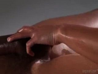 Erotische massage treasniesneezic: lingam Lingam Massagelin