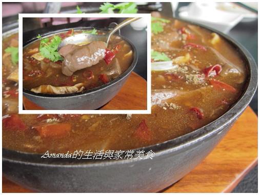 三源-香辣鴨血肥腸豆腐煲 (1)