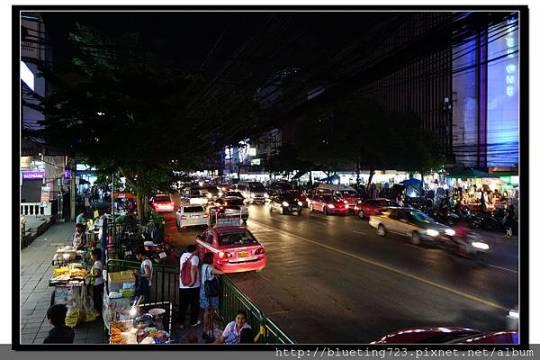泰國曼谷《勝利紀念碑夜市》1.jpg