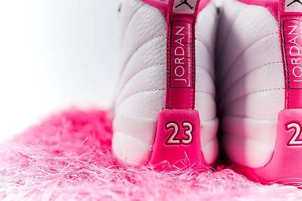 air-jordan-12-pink-white-2016-girls-7.jpg