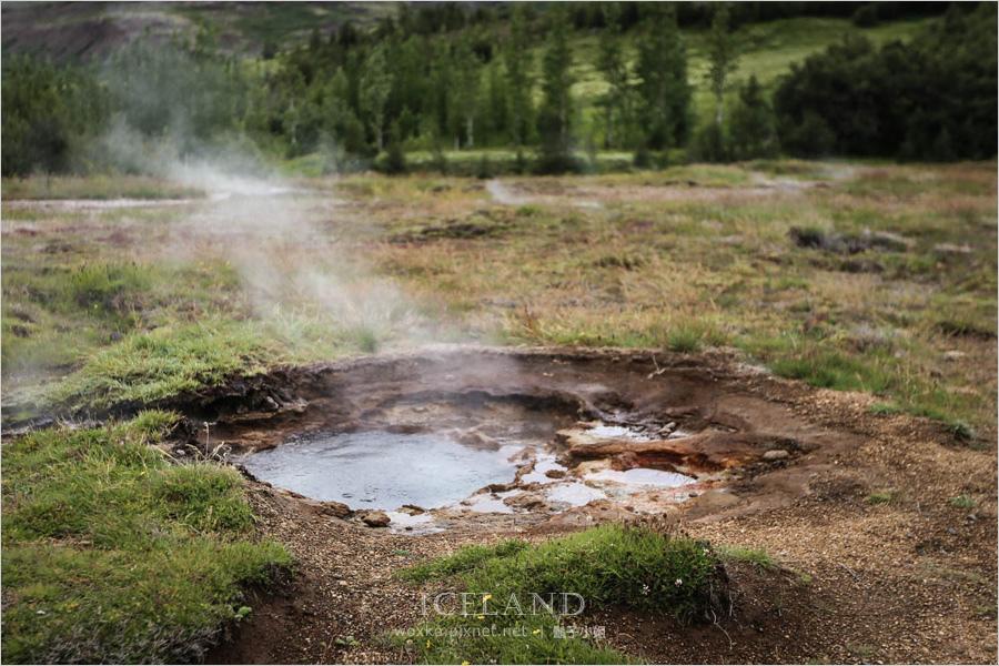 [冰島自助 Day2 (上) ] 一腳站歐洲、一腳站美洲.金圈之 Thingvellir 板塊斷裂帶+ Geysir 間歇泉