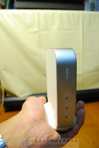 網路時代也要有一台 DHA-150 雙待機網路無線電話 3955404297_f1562ff49c
