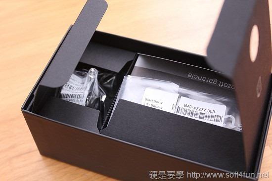 進擊的黑莓機 BlackBerry Z10 開箱評測 IMG_0782