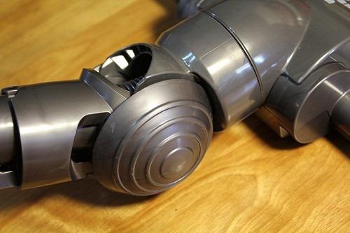 [開箱] 揪感心母親節禮物:Dyson DC35 吸塵器 clip_image010